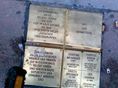 Gedenkstein Roland Bühne Praterstraße