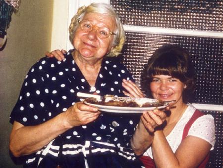 Aunt Mary & lil Jous Mum