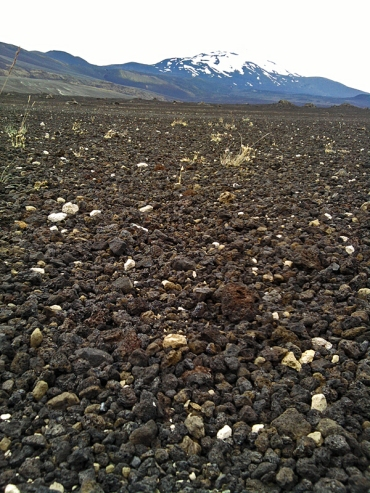 Hekla in karger Mondlandschaft